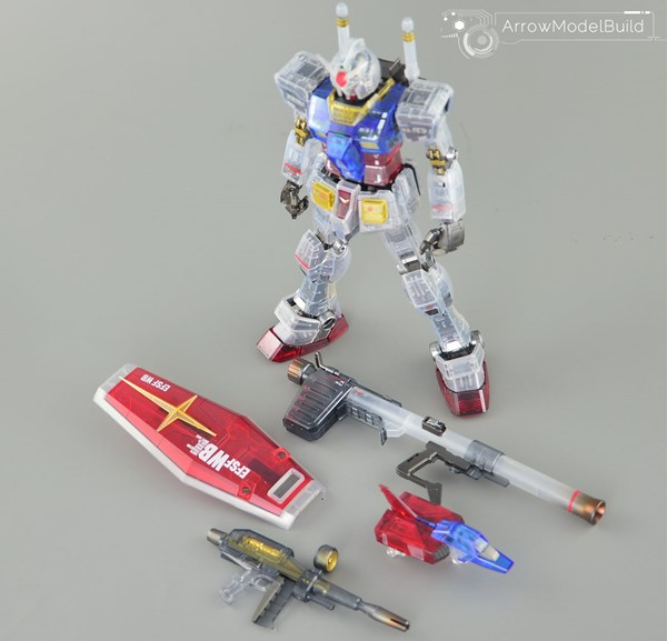 Gundam (Transpancy) Built & Painted MG 1/100 Model Kitの画像